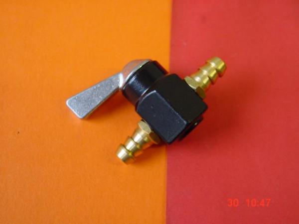 Durchgangshahn Metall 7 mm Benzinhan dazwischen !! univer